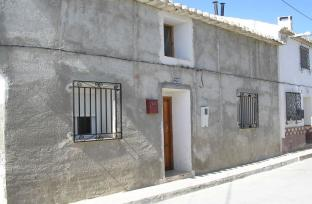 Village house near Caravaca for sale